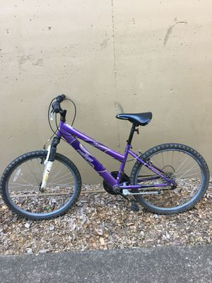 Purple street bike for Sale in Portland, OR