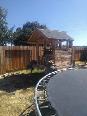 Play house for free just today. Gratis for Sale in Stockton, CA