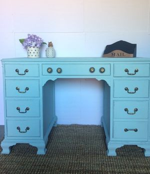 Vintage wooden desk in a beautiful sweet baby blue color for Sale in Los Angeles, CA