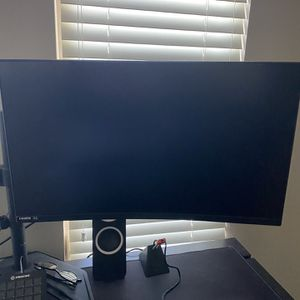 Dual Gaming Monitors With Stand for Sale in San Diego, CA