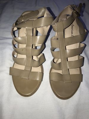 Cute American Eagle heels size 7 1/2 for Sale in Fresno, CA