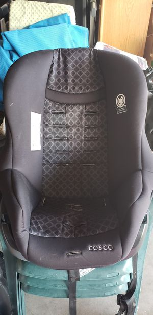 Car seat cosco brand for Sale in Bakersfield, CA