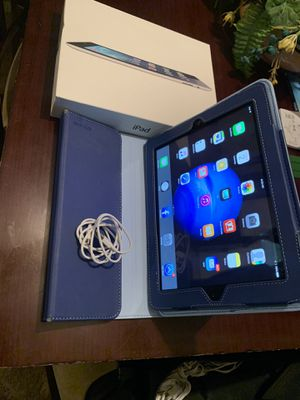 iPad 4/case/charger cord for Sale in Memphis, TN