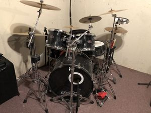 Drum set (double kick, 6 cymbals, cowbell, etc) for Sale in Wenatchee, WA