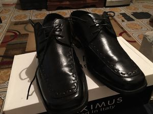 Italian black leather shoes with shoe box included, size 10 1/2 for Sale in Bronx, NY
