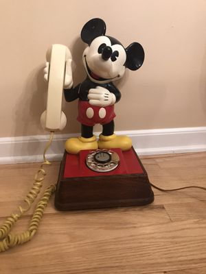 Vintage 1976 Disney Mickey Mouse Rotary Telephone for Sale in Monroe Township, NJ