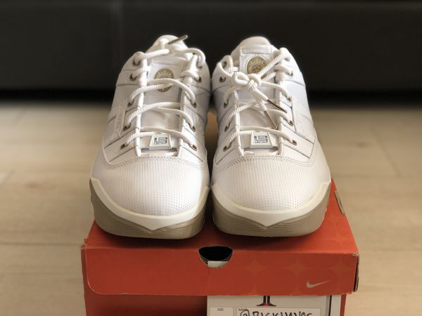 a0d20caf456 Nike Zoom Lebron III (3) Low - 10.5 for Sale in West Covina