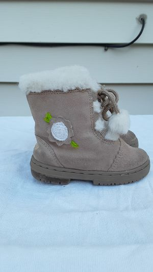 Girls Osh Kosh boots for Sale in Willowick, OH