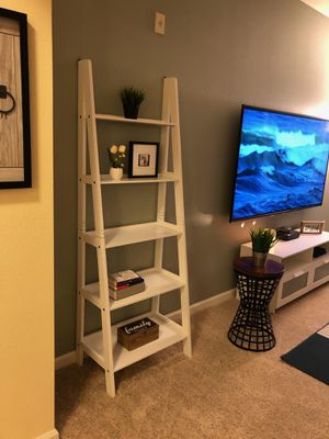 Brand New White Wood Ladder Shelf (New in Box) for Sale in Wheaton-Glenmont, MD
