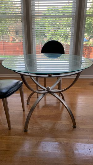 Contemporary Dining Table Set - 4 Chairs for Sale in Olathe, KS