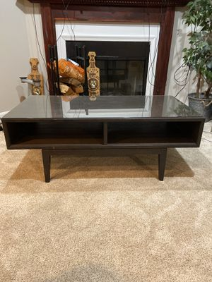 Modern coffee table with matching side table for Sale in Ashburn, VA