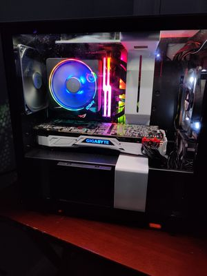 Brand New Custom Ryzen 7 2700X, GTX 1080TI Gaming PC (1,100) for Sale in Naugatuck, CT