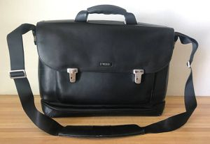 Authentic Tumi 2952D Formula T Black Leather Laptop Briefcase Bag for Sale in Yorba Linda, CA