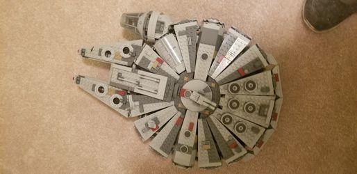 Millennium Falcon Lego for Sale in Tacoma,  WA