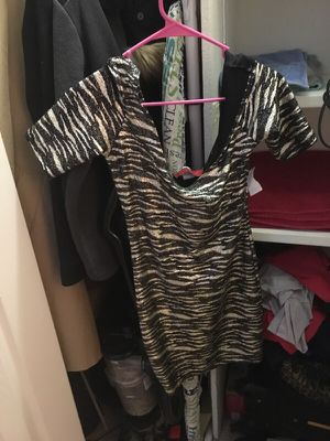 Akira black and gold dress for Sale in Arlington Heights, IL