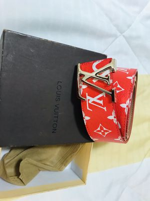 Louis VUITTON x Supreme 40 mm Monogram Red Belt for Sale in Columbus, OH