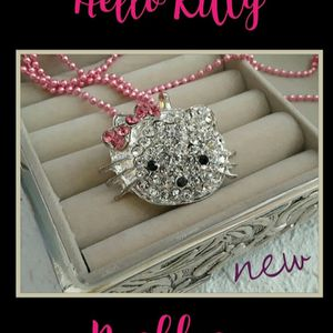 New HELLO KITTY SANRIO Rhinestone Pink Necklace for Sale in Lake Placid, FL