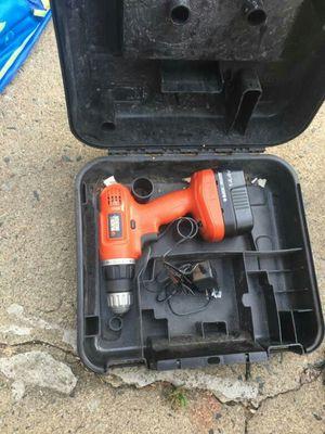 Cordless drill Black and Decker 14v for Sale in Triangle, VA