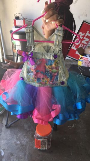 Trolls outfit for Sale in Grand Prairie, TX