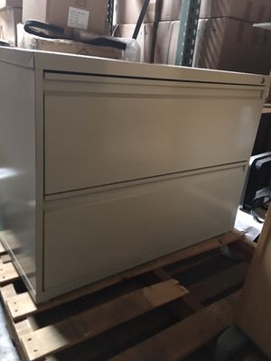 "36"" 2 drawer file cabinet for Sale in Ontario, CA"