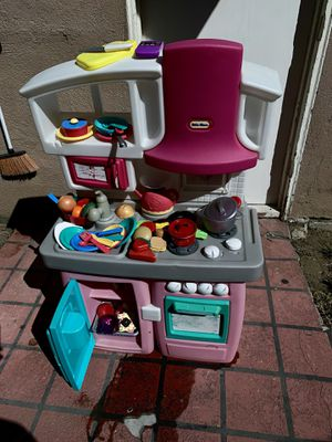 Kitchen $38 for Sale in Bassett, CA