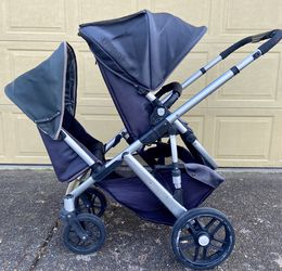 2010 UPPAbaby Vista In Excellent condition! for Sale in Canby,  OR