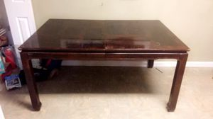 5ft table and 1ft leaf for Sale in Nashville, TN