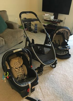 SnugRide Click Connect 35 for Sale in Silver Spring, MD