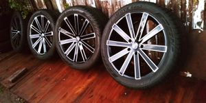"""22"""" 5x139 Wheels & Tires Just Like New for Sale in Denver, CO"""