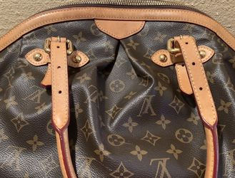AUTHENTIC LOUIS VUITTON BROWN MONOGRAM TIVOLI PURSE HANDBAG SHOULDER BAG TOTE BIG SIZE GM $1100 OR BEST OFFER NO TRADES for Sale in Fountain Valley,  CA