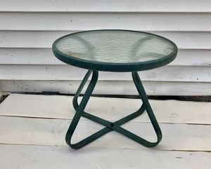 Nice patio side table for drinks or plants for Sale in Pittsburgh, PA