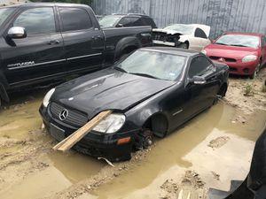 2002 Mercedes slk230 for parts for Sale in Dallas, TX