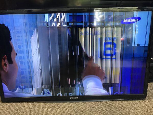 "Full HD LED TV 28"" 2015 Samsung HG28NC670"