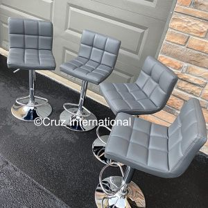New 4 Gray Stools for Sale in Orlando, FL