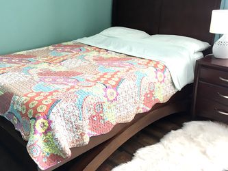5 Piece Queen Bed Set for Sale in San Diego,  CA