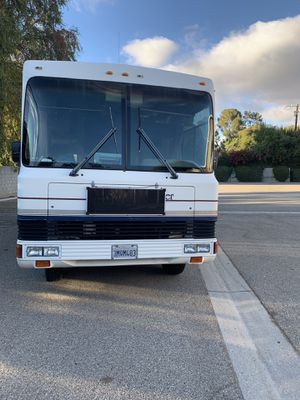 1995 Georgie Boy Swinger 30 Foot LOW MILES for Sale in Los Angeles, CA