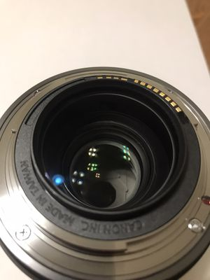 Canon RF 35mm f/1.8 IS Macro STM Lens for Sale in Torrance, CA