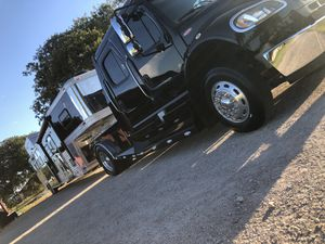RV / Aluminum Trailer / Pontoon Boat Restoration for Sale in La Vernia, TX