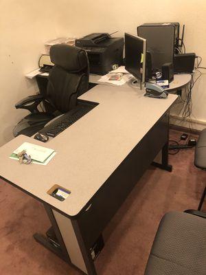 Office Desk for Sale in Gaithersburg, MD