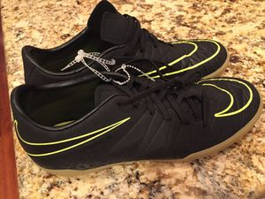 Nike hypervenom x indoor soccer shoes sz 10.5 for Sale in Burke, VA