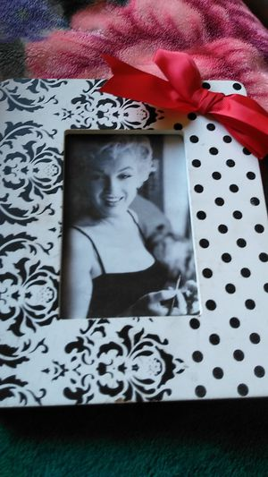 Marlyin monroe for Sale in Fresno, CA