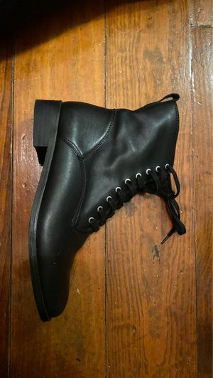 Lucky Brand black combat boots Size 9.5 for Sale in New Orleans, LA