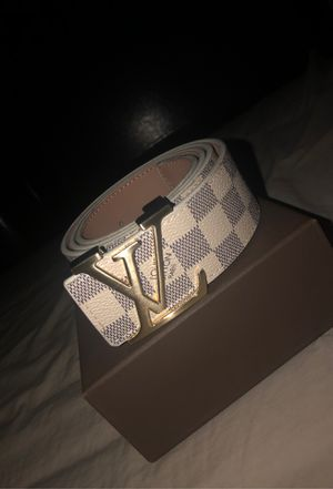 Louis Vuitton Belt (SZ 42) (YOUTH) for Sale in Houston, TX