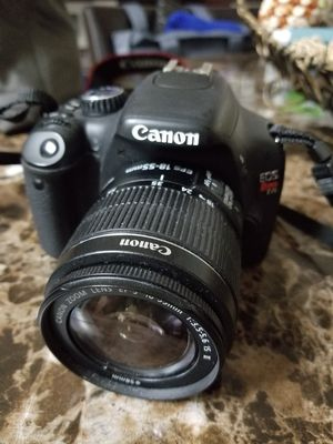 Canon camera EOS Rebel T2i for Sale in Merced, CA