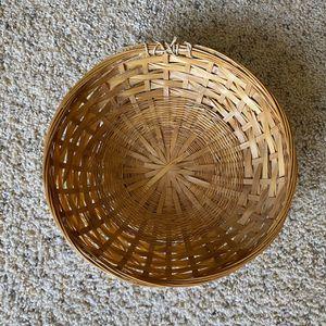 ‼️Wicker Basket‼️ for Sale in Edgar, WI