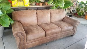 Set of couches for Sale in Fresno, CA