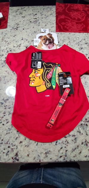 Brand new set Chicago Blackhawks pet Jersey and collar for xmas $15 for Sale in Melrose Park, IL