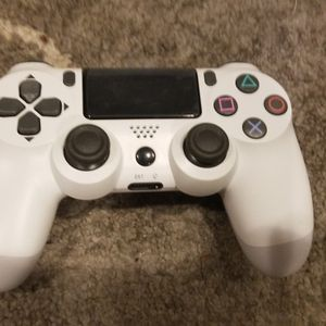 BRAND NEW Ps4 Controller for Sale in Hudson, FL