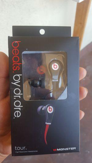 Beats headphones 🎧🎧🎧🎧 for Sale in San Bernardino, CA