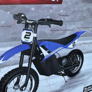 Razor MX125 Electric Dirt Bike for Sale in Andover, MA